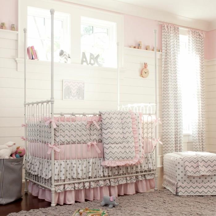 rosa-und-grau-zusammenstellen-herrliches-babyzimmer-für-mädchen-kleines-süßes-baby-bettchen