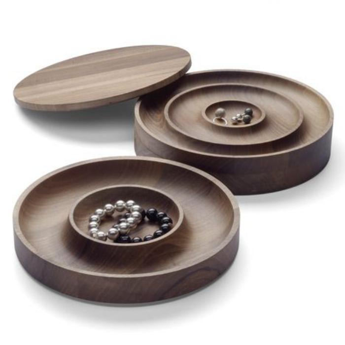rundförmige-Schmuckschatullen-mit-einigen-Abteilungen