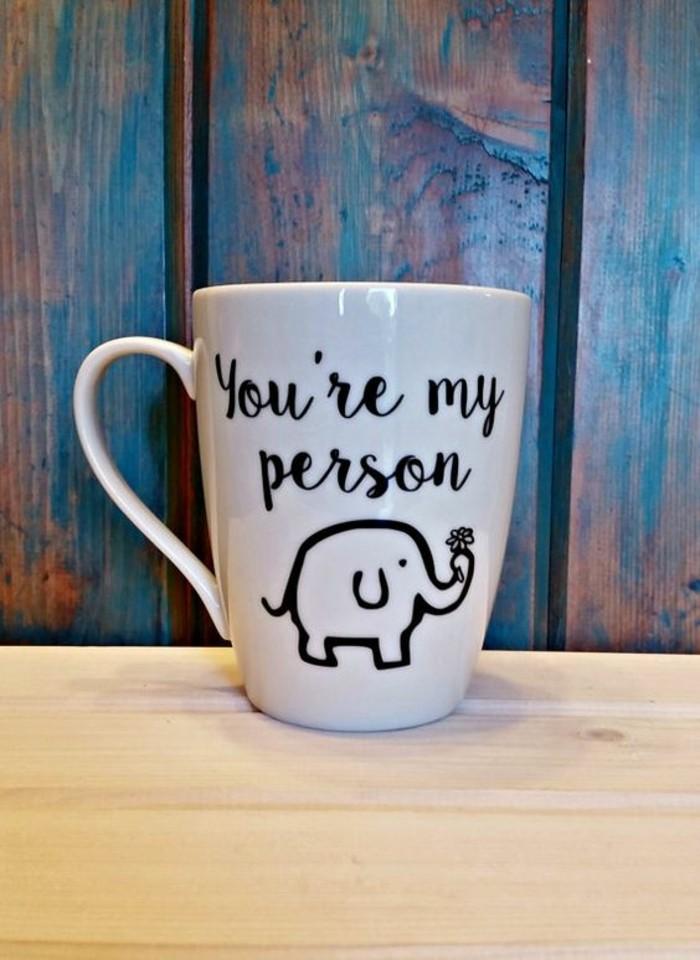 süße-Idee-für-Mug-mit-Liebeserklärung-und-Elefant-Zeichnung