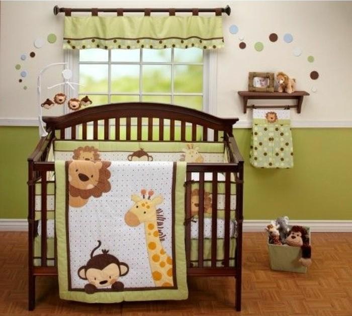 süße-interessante-babybetten-aus-holz-produziert