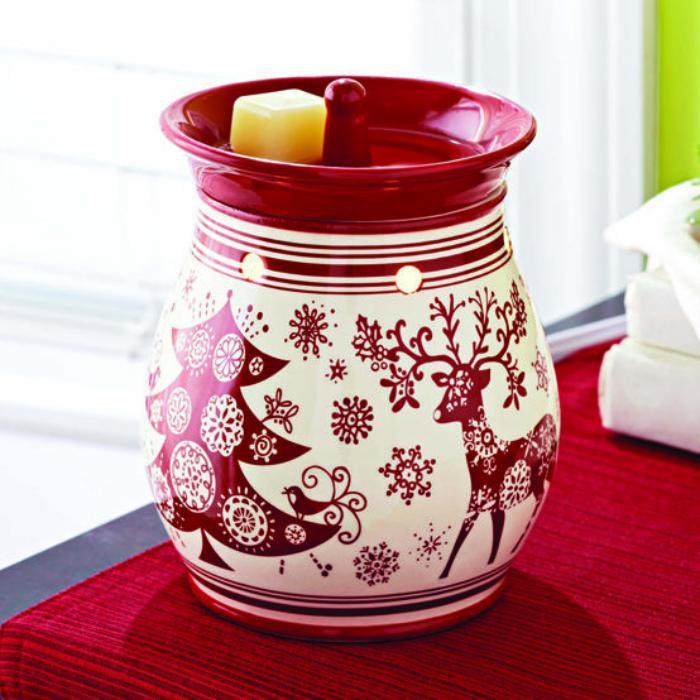 schön-bemalte-Vase-als-Kerzenhalter-verwenden