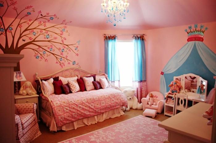 schöne-wandbilder-für-Kinderzimmer-mit-einer-Krone