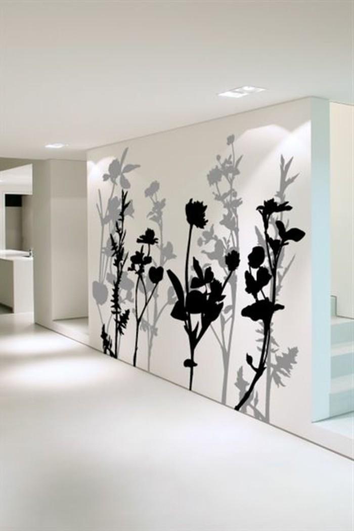 schöne-wandtattoos-für-weiß-gestrichene-Wand