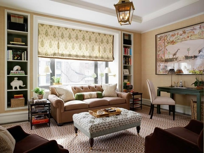 sehr-interessante-wohnzimmer-wandgestaltung-tolle-beige-jalousien