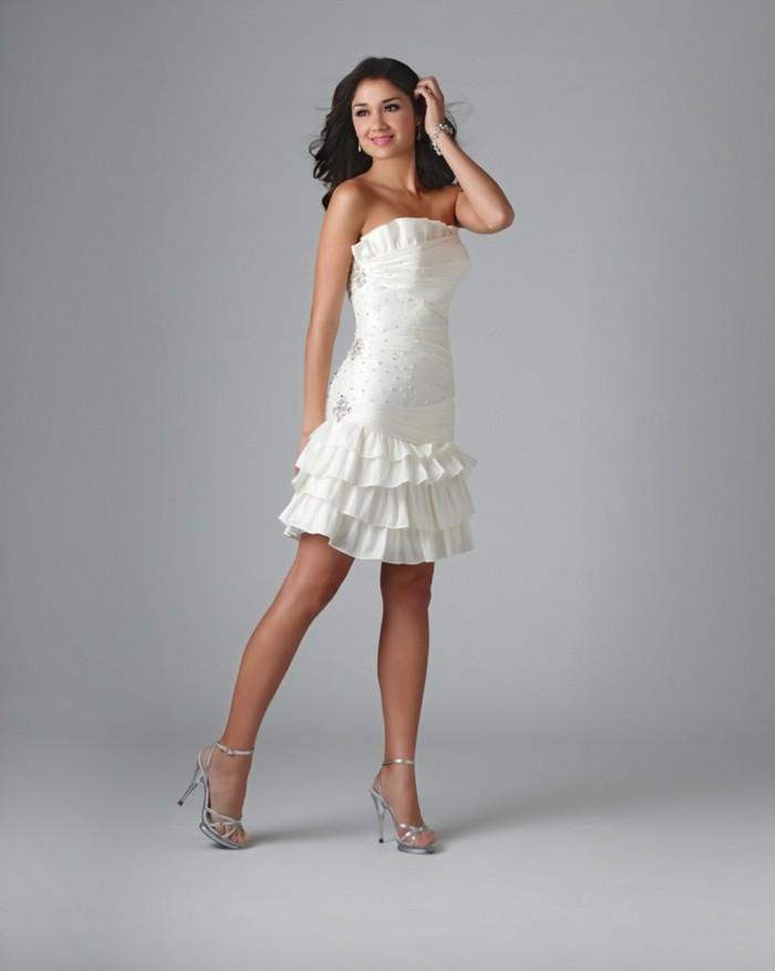 sommerkleid-elegant-weiße-farbe-speziell-für-hochzeit