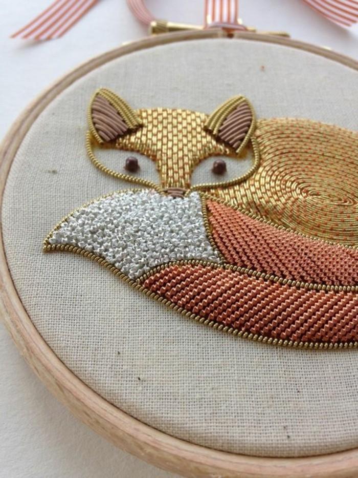 sticken-lernen-ein-Fuchs-mit-goldenen-Fäden