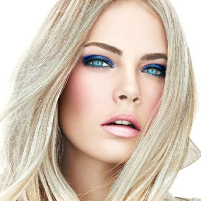 super-schöne-und-attraktive-kühle-haarfarben-blonde-dame-mit-schönem-make-up