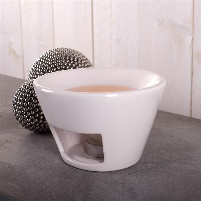 sympatischer-Teelichthalter-in-der-Form-von-Teetasse