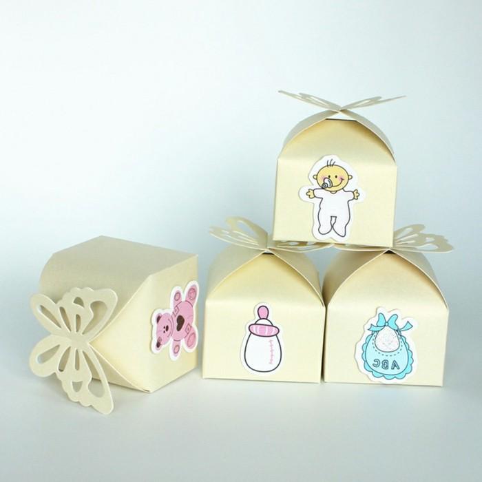 taufe-deko-kreative-idee-schöne-baby-figuren