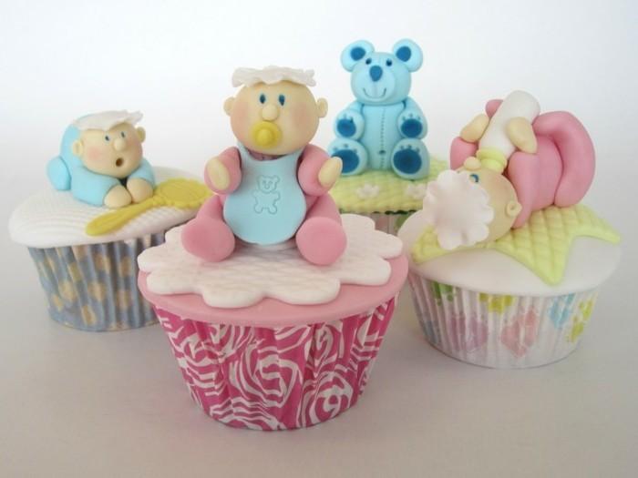 tischdekoration-taufe-komische-lustige-süße-babyfiguren