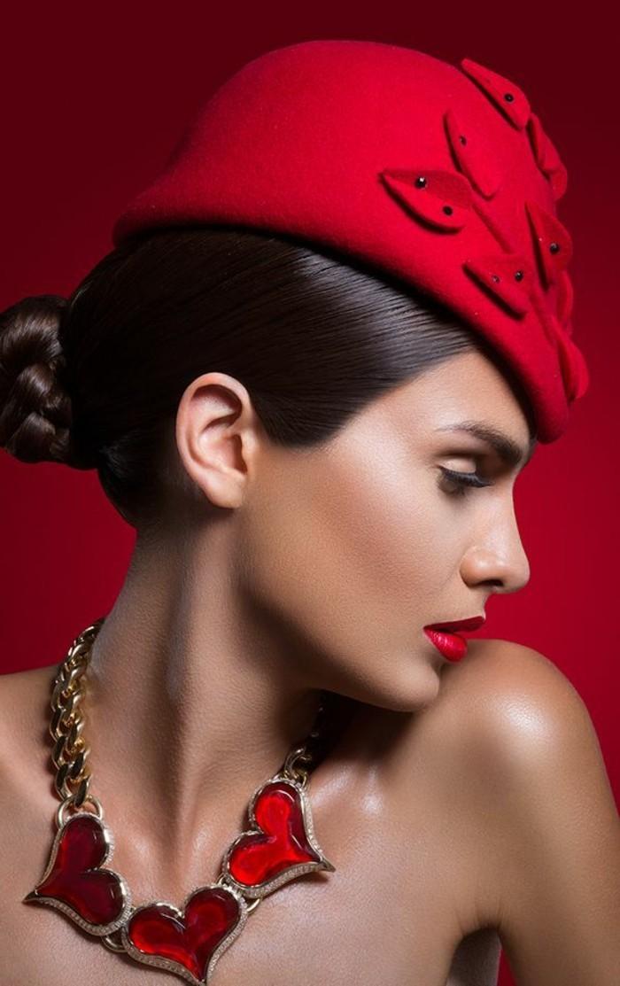 unikales-Foto-Designer-roter-Hut-mit-einzigartigem-Design