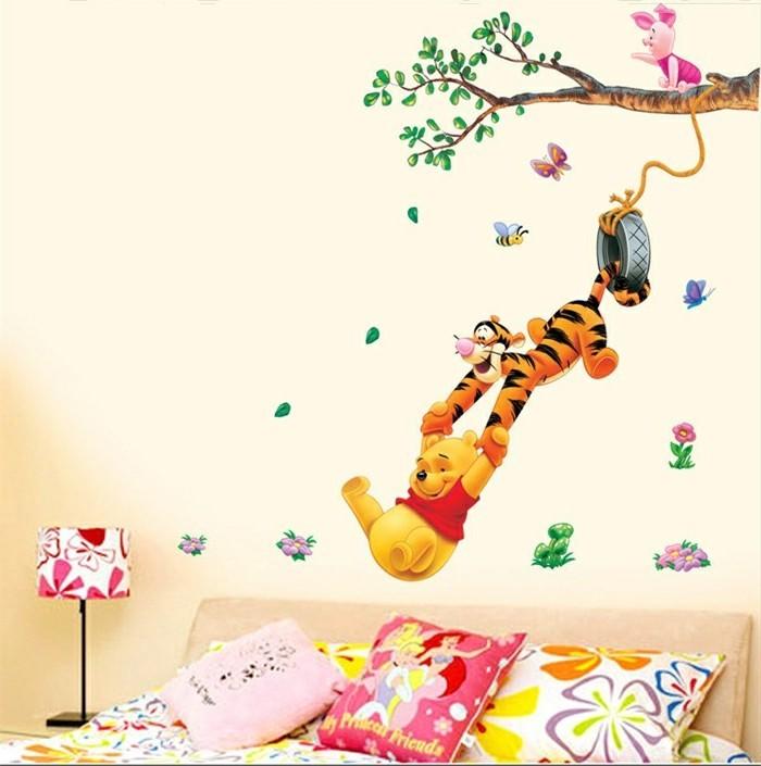waldbilder-für-kinderzimmer-mit-Pu-dem-Bären