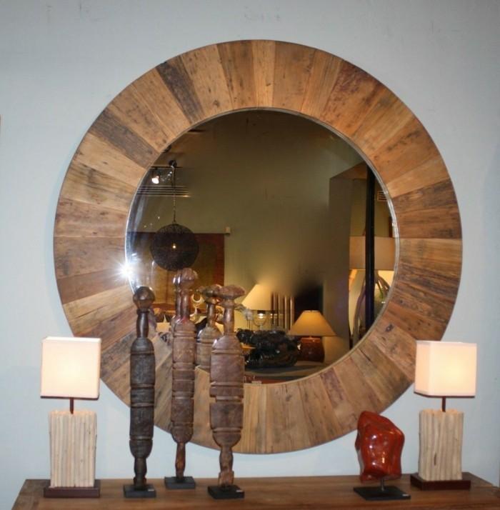 Spiegel mit Holzrahmen - praktisch und elegant - Archzine.net