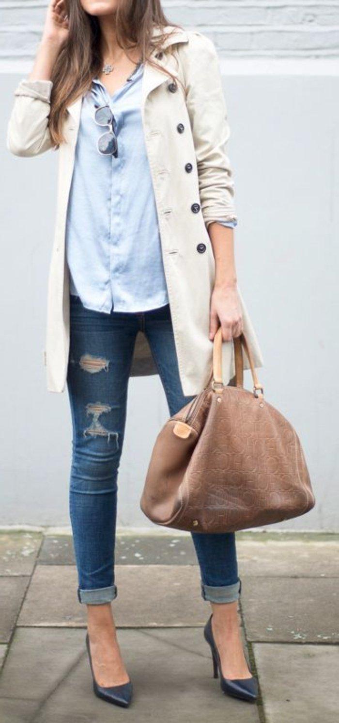 weißer-Mantel-kombiniert-mit-jeans