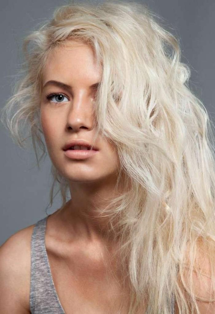 welche-haarfarbe-steht-mir-blonde-frisur-wunderschönes-aussehen
