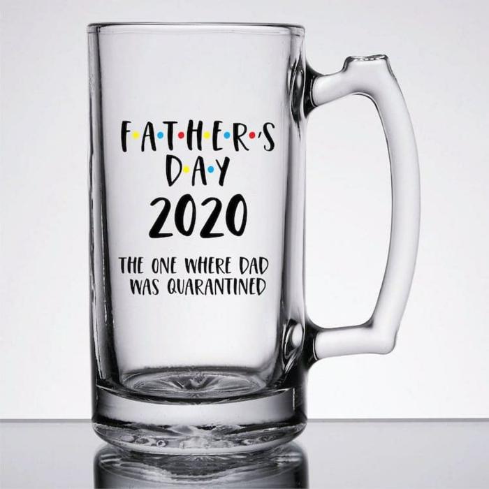 geschenke zum vatertag 2020, die besten geschenkideen für männer, glas mit gravur