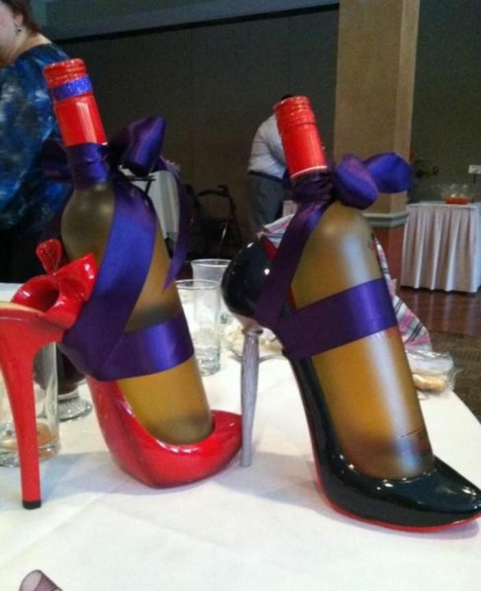 Ausgefallene-Geburtstagsgeschenke-Schuhe-mit-Getränken