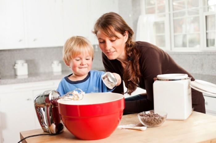 Backen-für-Kleinkinder-alles-durchmessen