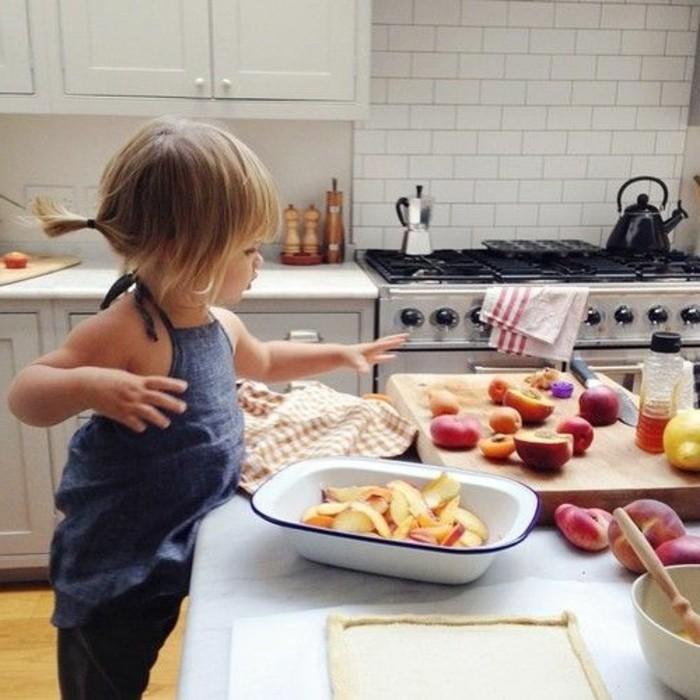 Backen-für-Kleinkinder-die-Früchte-sind-lecker