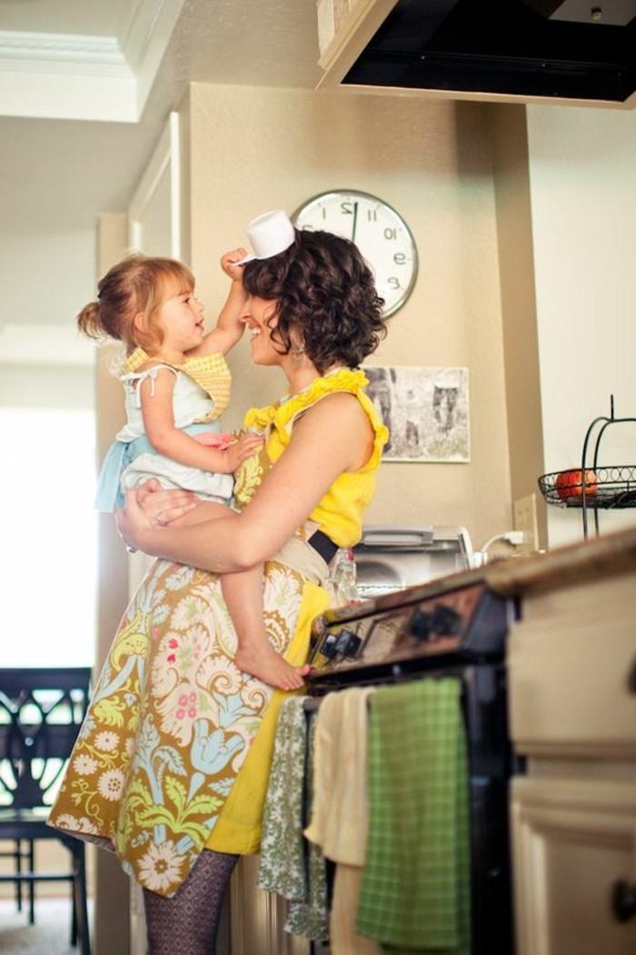Backen-mit-Kindern-die-Augenblicke-zusammen