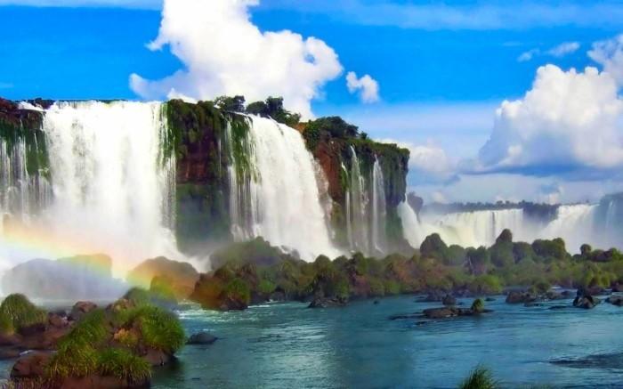 Bilder-von-Wasserfällen-mit-Regenbogen