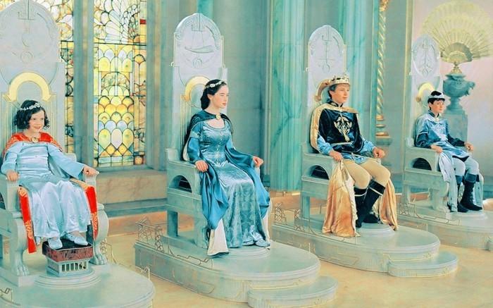 Fantasy-Abenteuer-Die-Chroniken-von-Narnia-die-Kinder-sind-Königen
