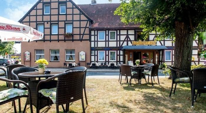 Ferienwohnung-Harz-in-weißer-Farbe-gestrichen