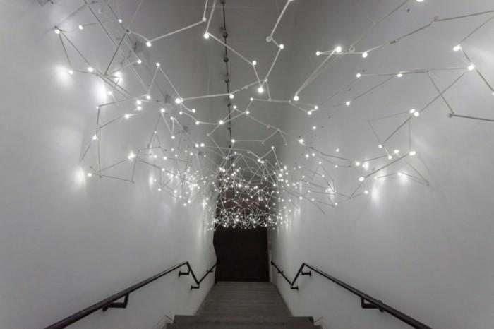 Galerie-für-Zeitgenössische-Kunst-eine-Lichtinstalation