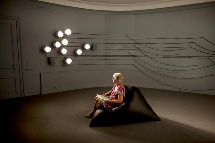 Galerie-für-Zeitgenössische-Kunst-mit-Lichtspiel