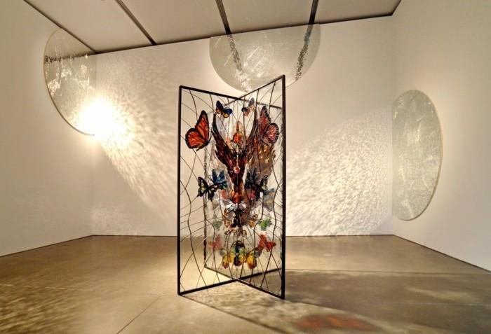 Galerie-für-Zeitgenössische-Kunst-mit-interessanter-Beleuchtung