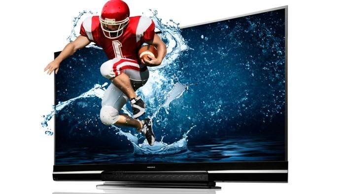Großer-Fernseher-der-Sportler-springt
