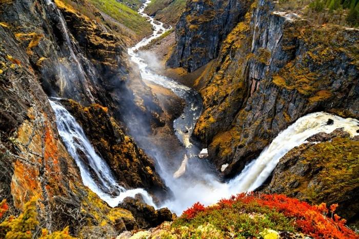 Hintergrundbilder-Wasserfall-von-bildschöner-Landschaft