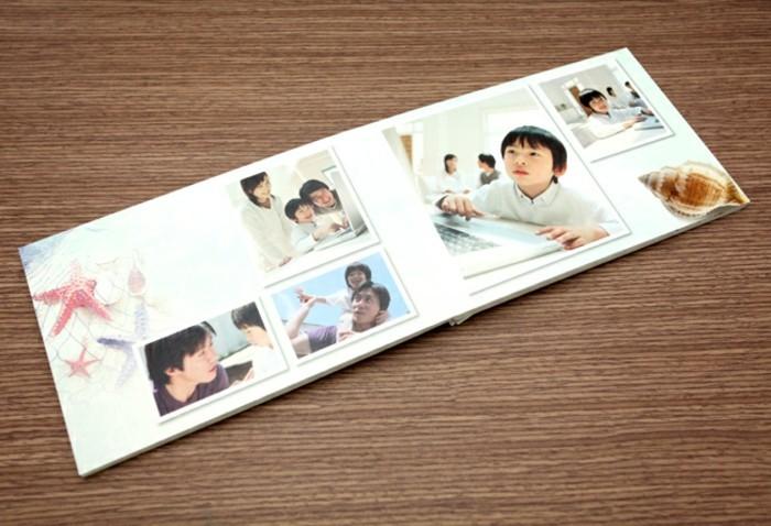 Kleines-Fotobuch-von-einem-süßen-Kind
