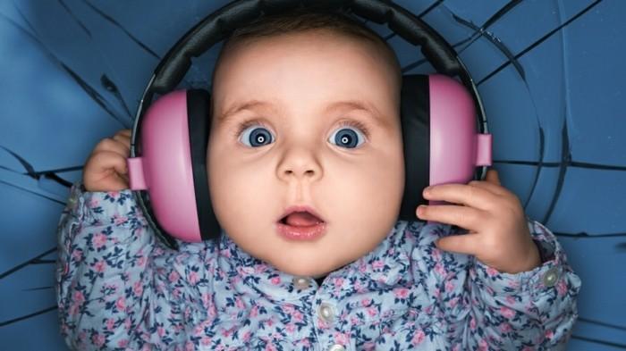 Kopfhörer-für-Kinder-die-erste-Musik