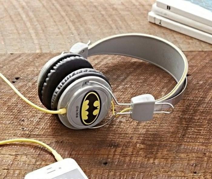 Kopfhörer-für-Kinderohren-mit-Batman
