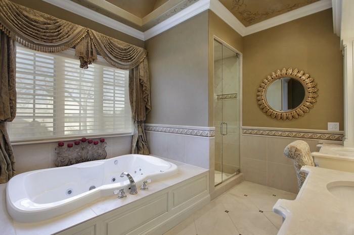Luxus-Dusche-in-eigenem-Raum