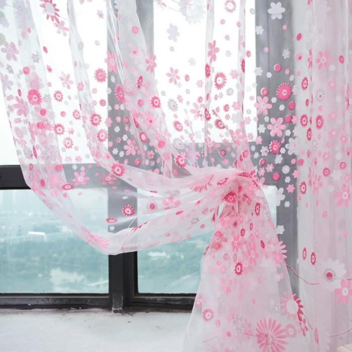Moderne-Gardinen-mit-rosa-Blumen