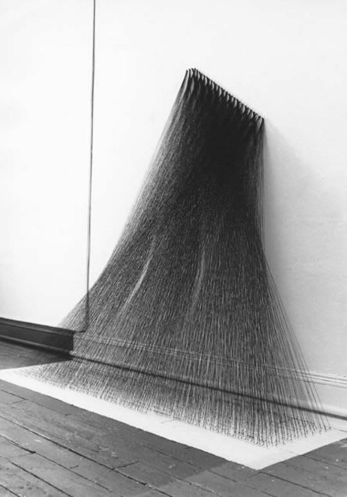 Museum-für-Zeitgenössische-Kunst-eine-Instalation-aus-Draht
