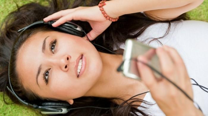 Musik-abspielen-sehr-leicht-zu-tragen
