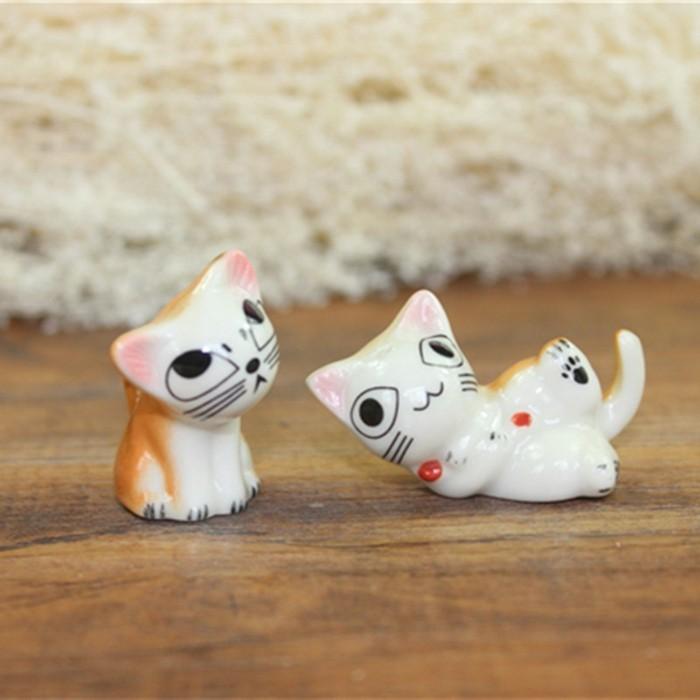Originelle-Geschenke-zwei-Figuren-von-Katzen