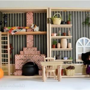 Puppenhaus - Spielzeug und Kunstwerk