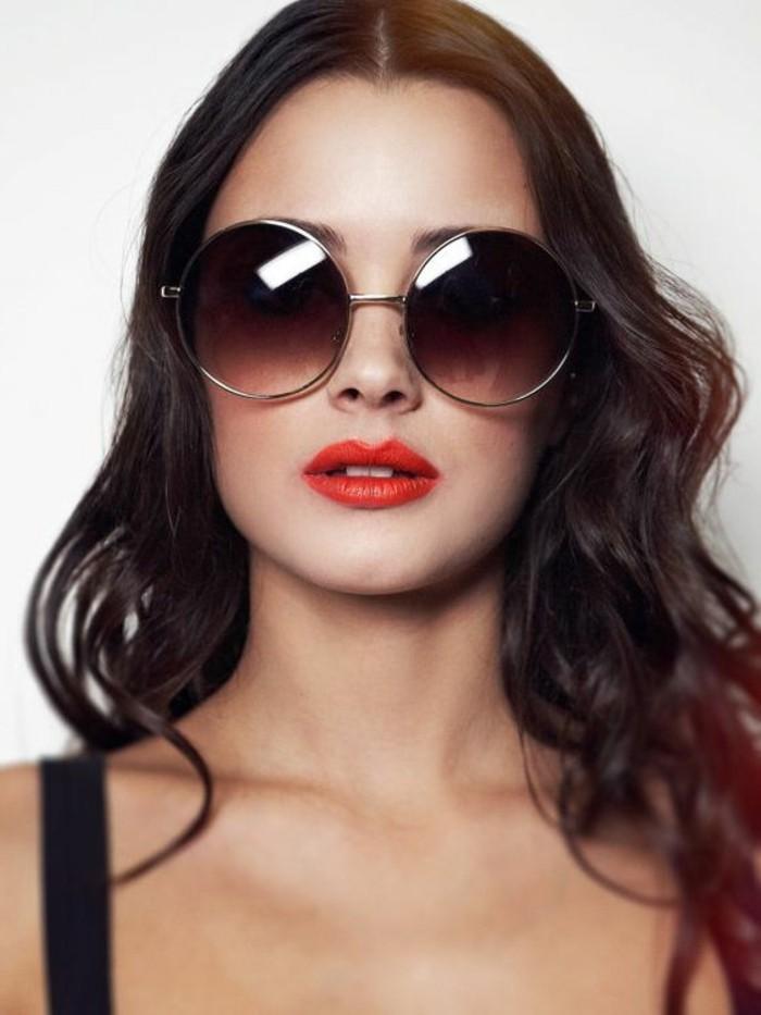 Runde-Sonnenbrille-mit-enormer-Größe