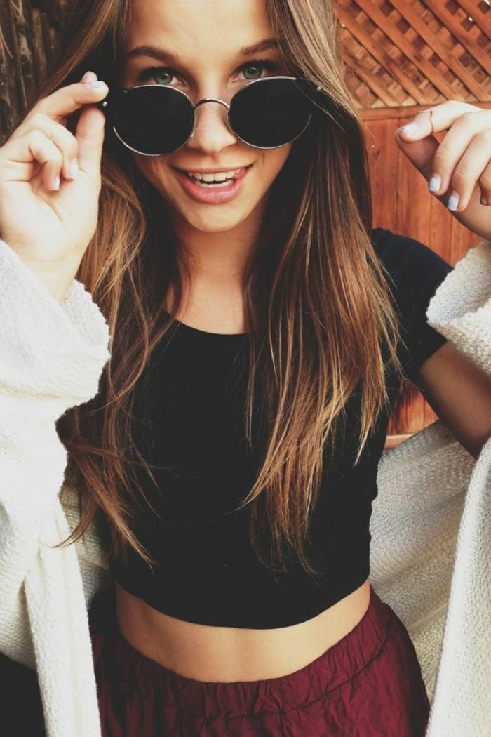 Runde-Sonnenbrille-zu-süßem-Aussehen