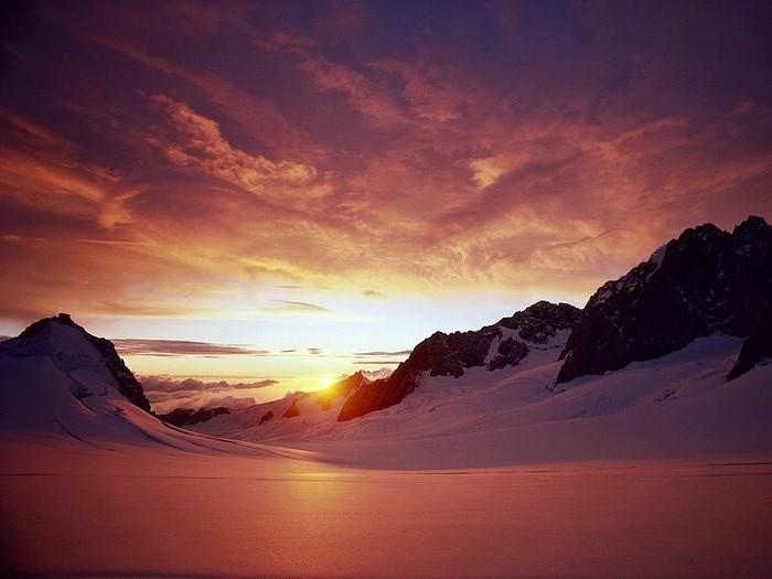 Schöne-Landschaftsbilder-Sonnenuntergang-im-Winter