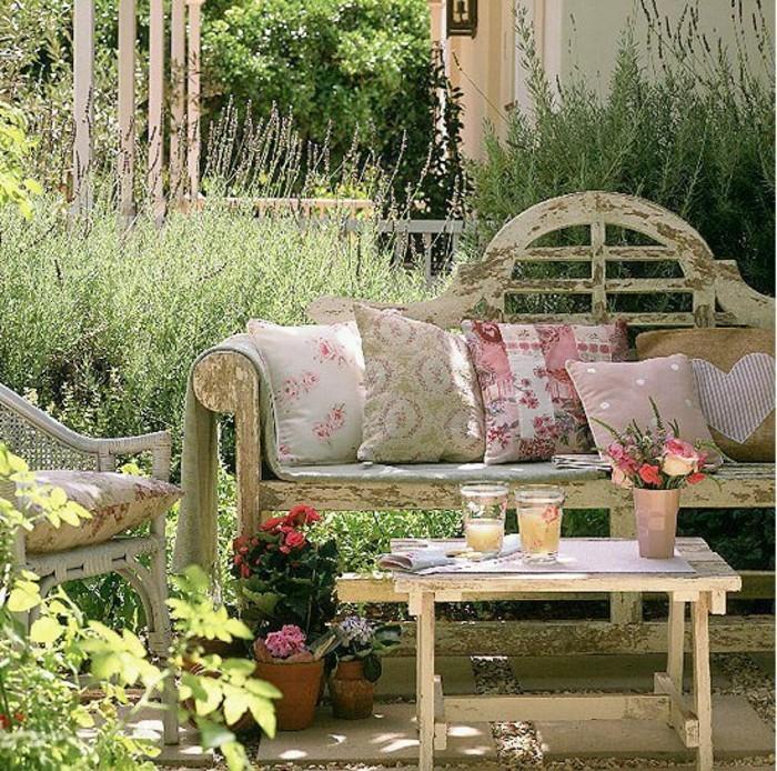 40 beispiele f r shabby chic garten mit vintage flair for Garten lounge idee