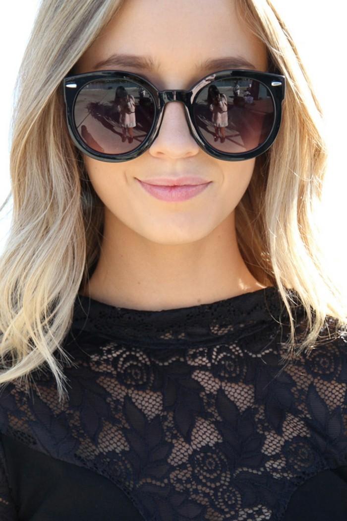 Sonnenbrille-runde-Gläser-mit-Ohren