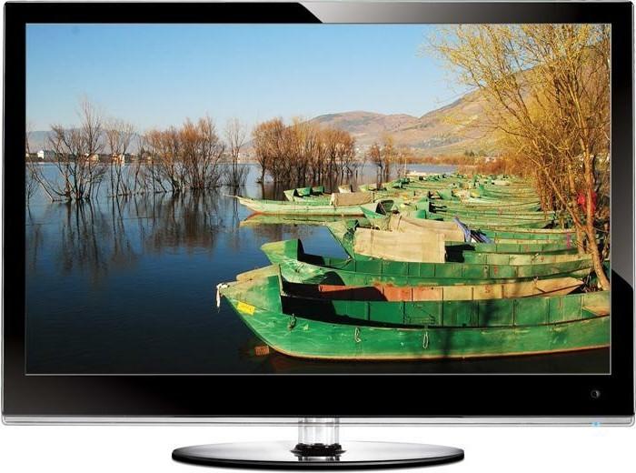 TV-Flachbildschirm-mit-grünen-Booten