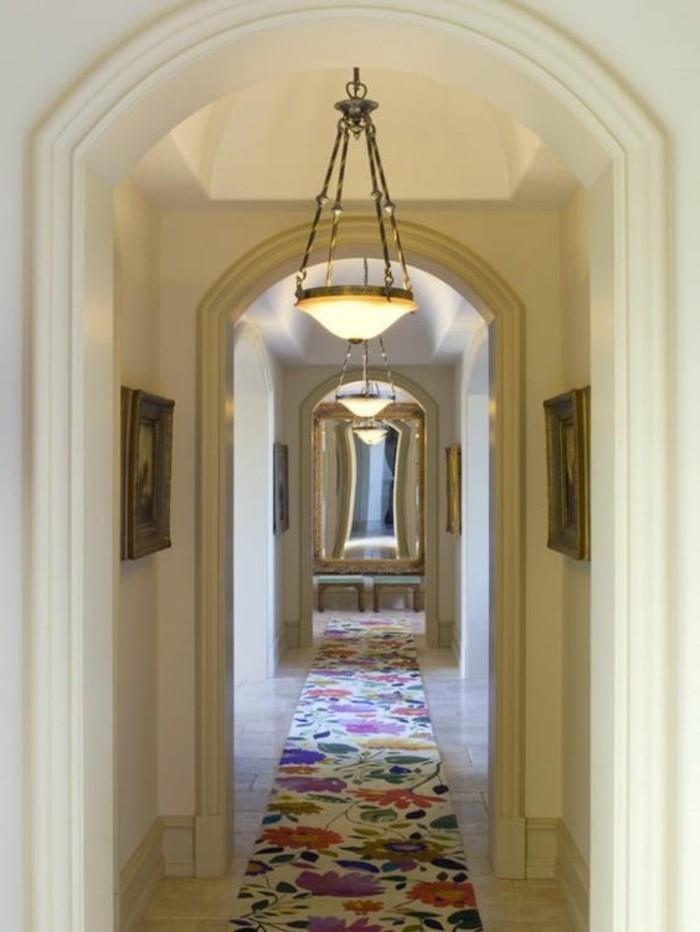Teppich-in-dem-Flur-floralen-prints-bunt