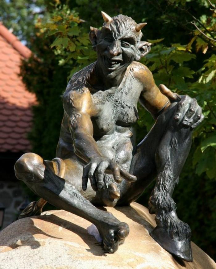 Urlaub-im-Harz-eine-Teufelfigur