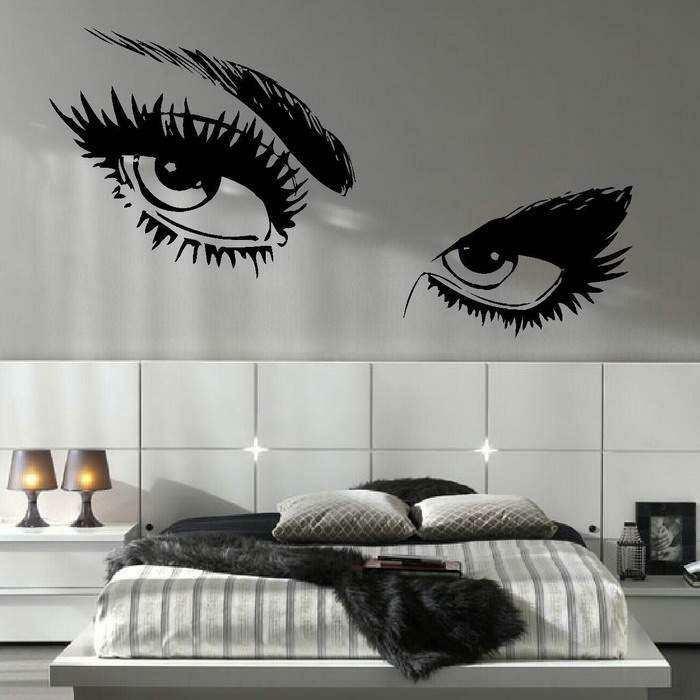 Wandtattoo-Jugendzimmer-mit-geschminkten-Augen